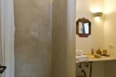 Bagno-con-doccia-Suite-Villa-Fico-A.R.-FILEminimizer