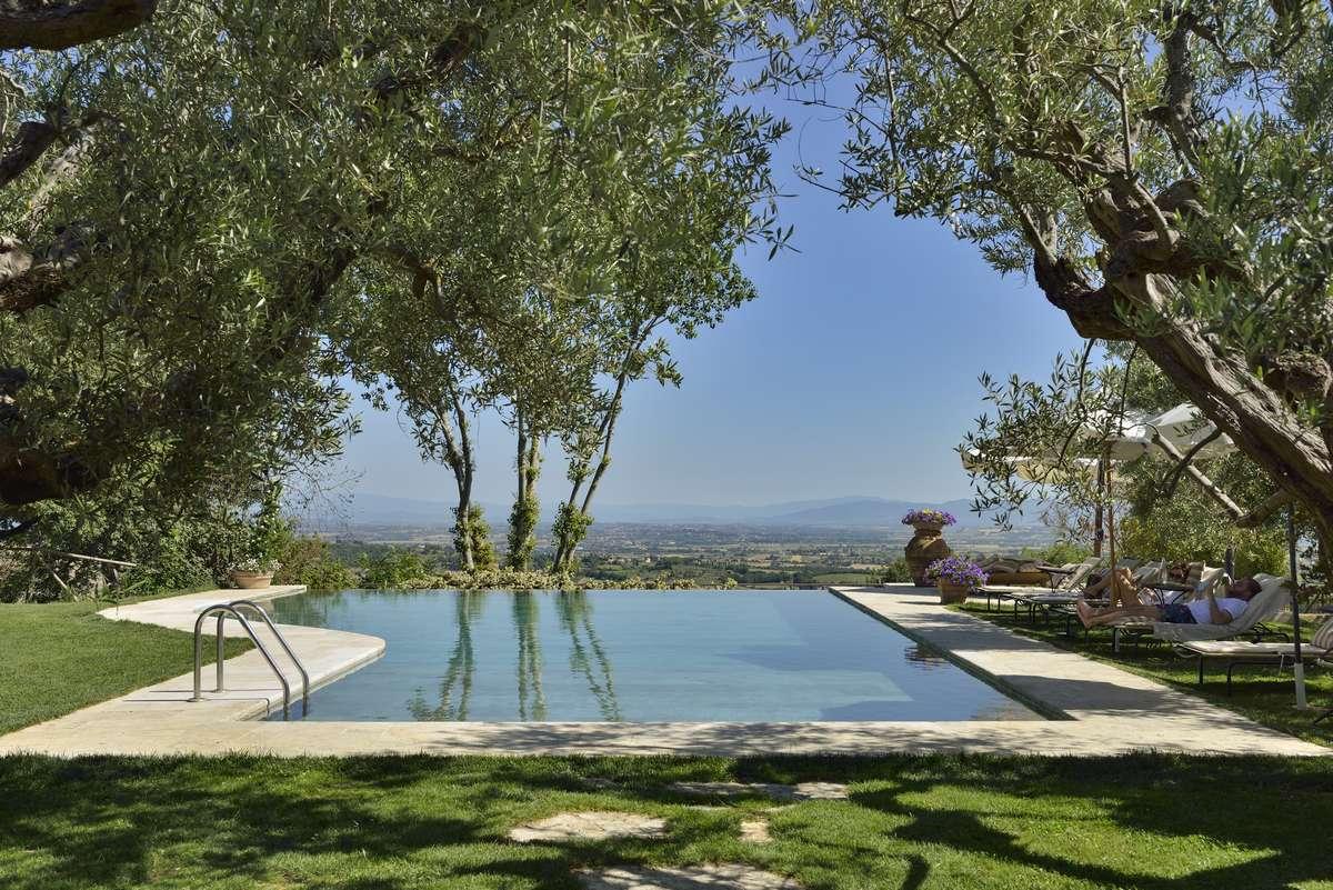piscina-villa-cicolina-13