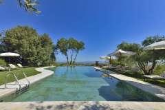 piscina-villa-cicolina-07