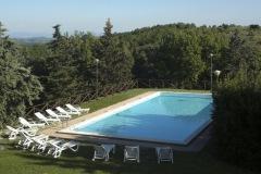A8-piscina-dallalto